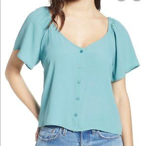 Tops - NEW ALL IN FAVOR size XXL blouse in light teal.